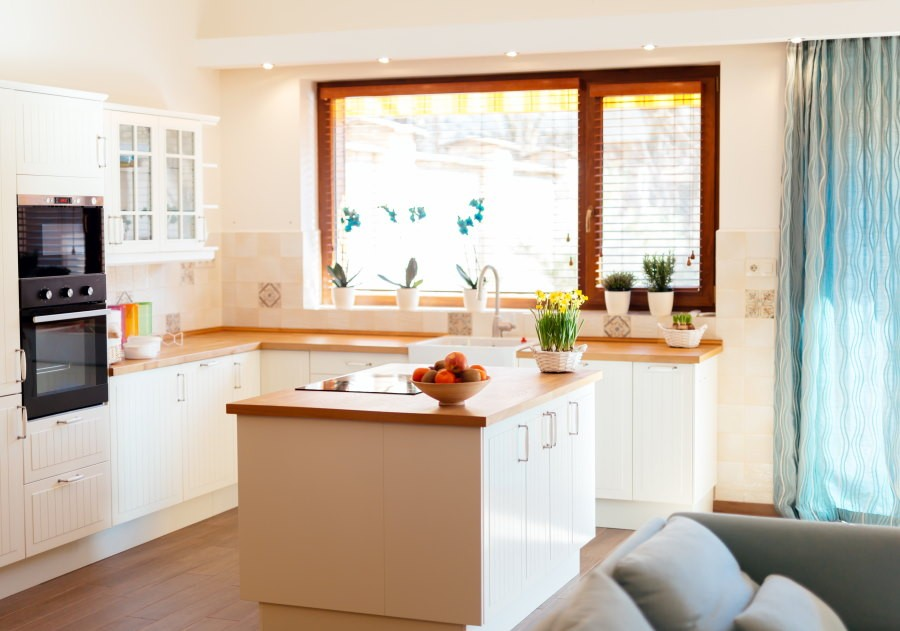 Crucial tips for smart kitchen location and layout 9